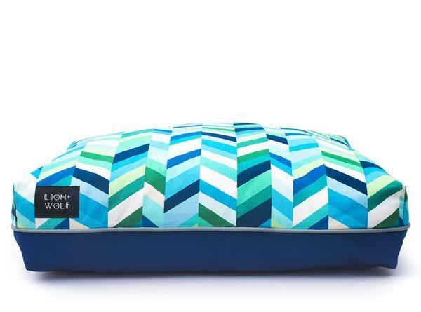 Luxury chevron dog bed front view f22f3645 32f5 4ac4 90f6 43cbb7c4f251 grande