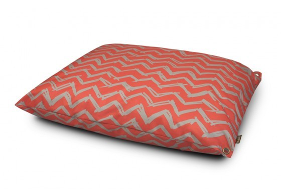Outdoor bed red 45degree