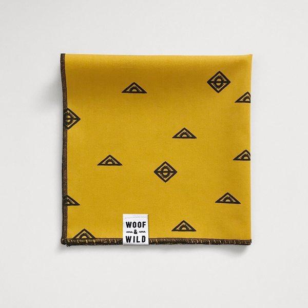 Mesa modern dog bandana woof wild 457958 1500x